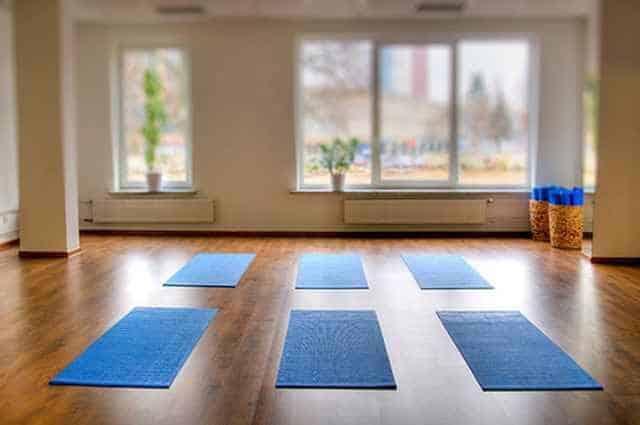 diseñar un espacio para yoga